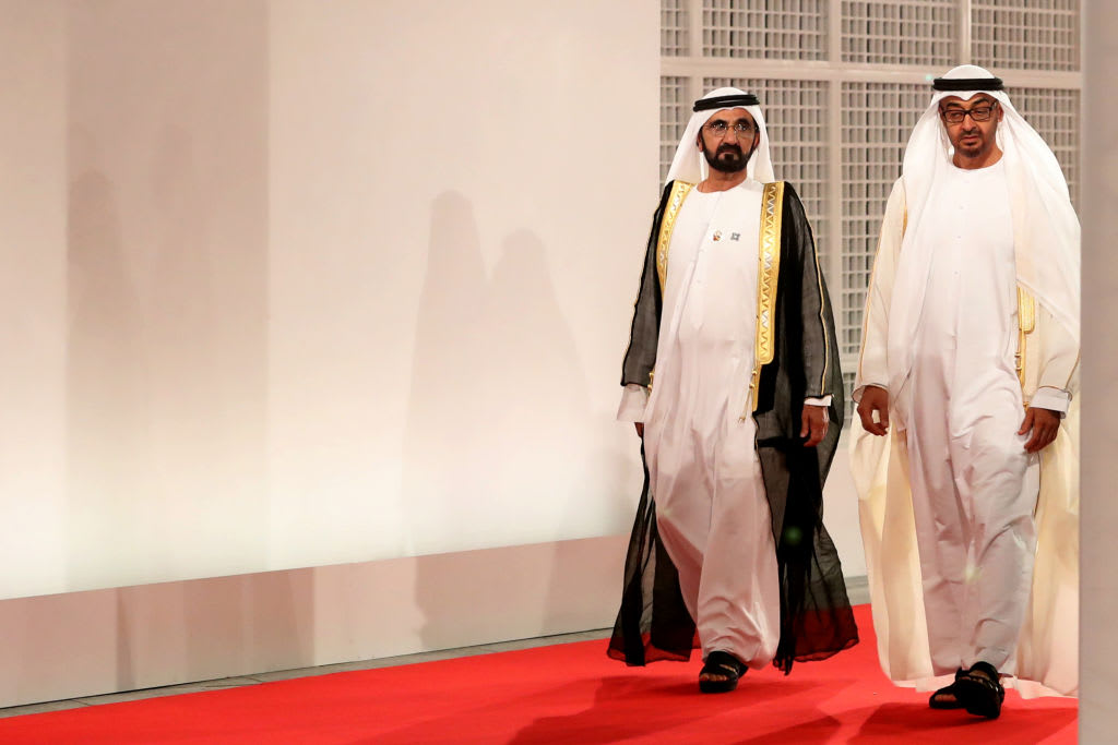 محمد بن راشد يشكر ولي عهد أبوظبي: وهبنا الوطن حياتنا