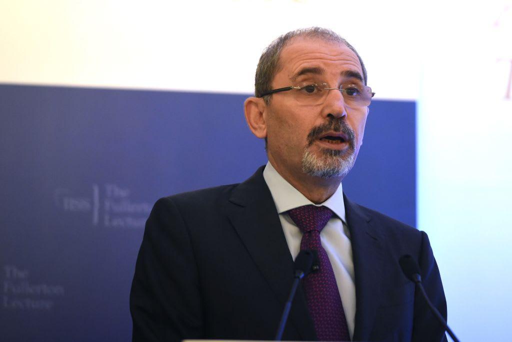 وزير الخارجية الأردني مُرحبا باليماني: ندعم كل جهد يدعم حل الأزمة اليمنية
