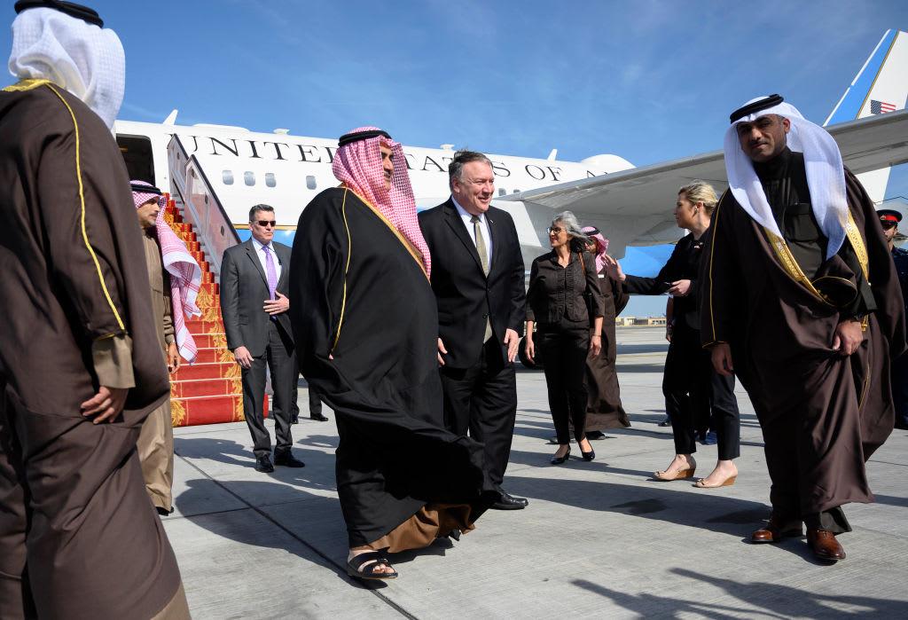 بومبيو في البحرين.. والملك: الجالية الأمريكية دورها فاعل بنهضتنا الشاملة