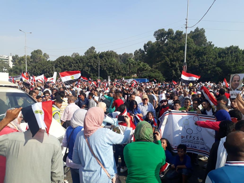 """كل الطرق لا تؤدي إلى """"التحرير"""".. و""""المنصة"""" مفتوحة لمؤيدي الرئيس المصري"""