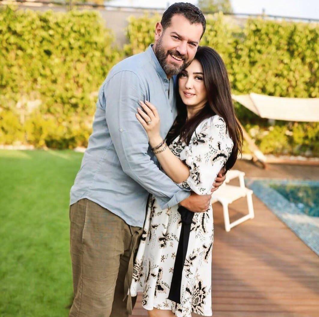 الممثل المصري عمرو يوسف وزوجته الممثلة السورية كندة علوش