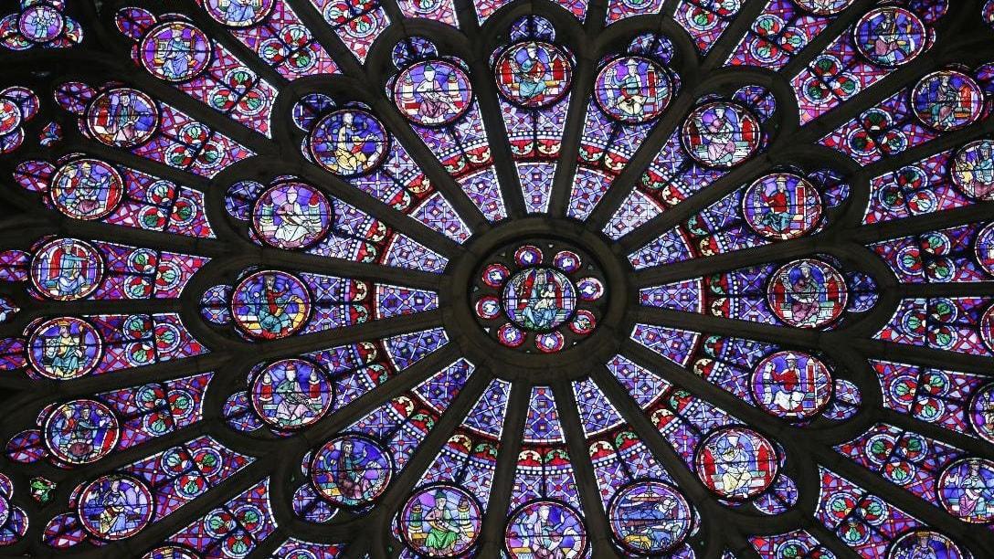 إليك 5 أشياء تجعل كاتدرائية نوتردام أيقونية للغاية