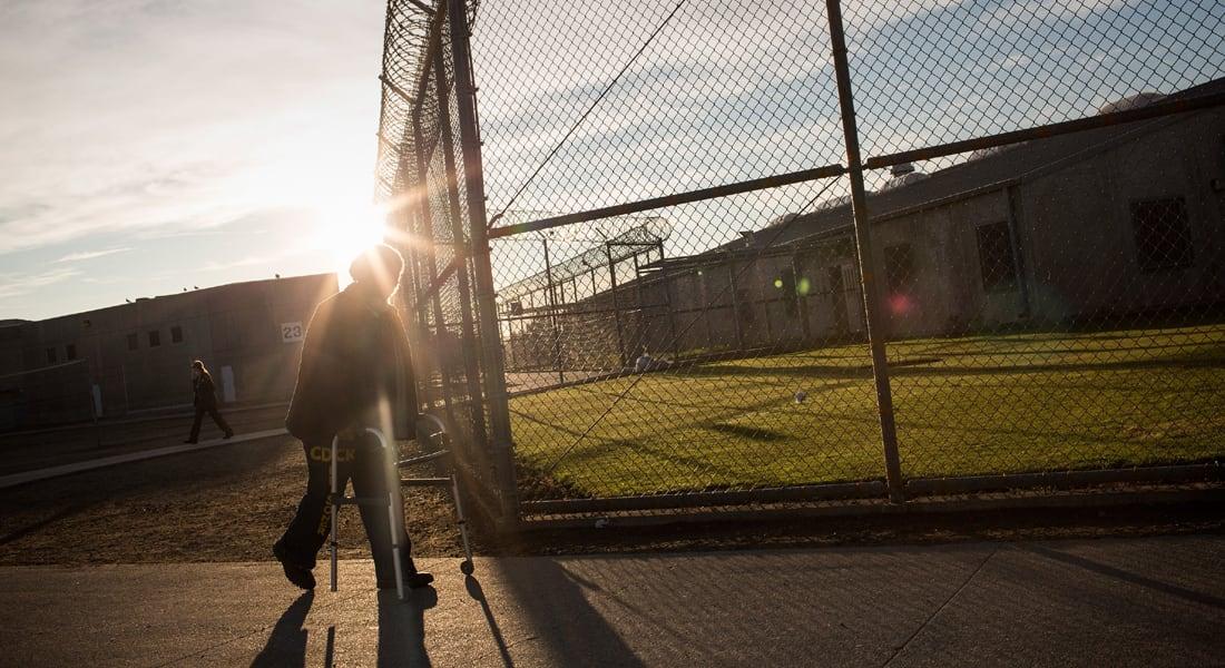 قاتل أطفال أمريكي يسلم للشرطة بعد هروبه لخمس سنوات