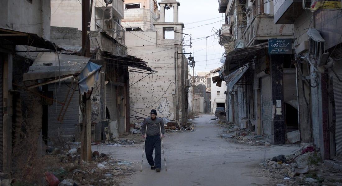 سوريا.. دفعة أولى من المحاصرين بحمص يغادرون المدينة