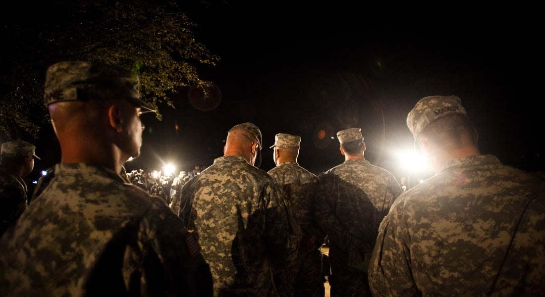 جندي أمريكي خدم بالعراق ويعاني مشاكل عقلية يقتل 3 ويجرح 16 وينتحر بقاعدة بفورت هود