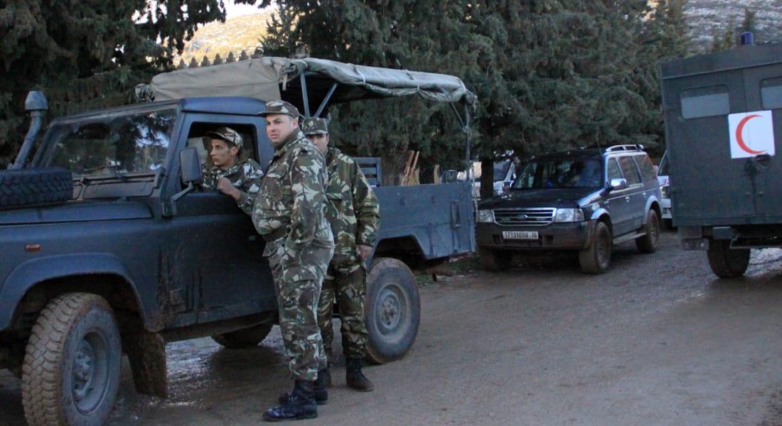 الجزائر.. مصرع 11 عسكريا بعد 3 أيام من إعادة انتخاب بوتفليقة