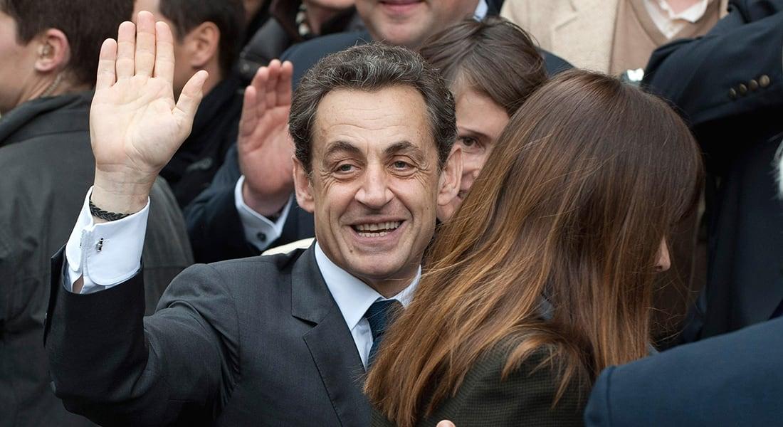 صحف العالم: ساركوزي حاول إغواء صديقة هولاند السابقة