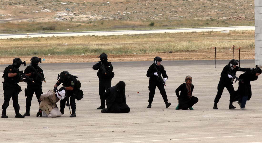 الأردن: انتقادات للاستعانة بممثلين وممثلات بزي إسلامي خلال تمرين لمكافحة الإرهاب