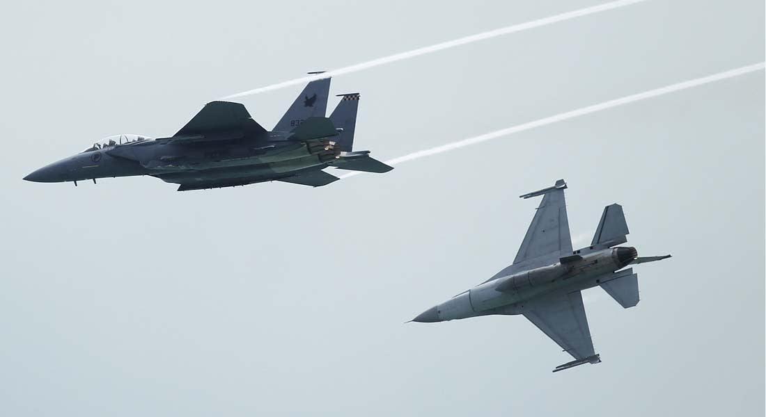 لغز الماليزية.. أين سلاح الجو الماليزي بعد التقاط إشارة طائرة غيرت اتجاهها ليلة فقدان الرحلة؟