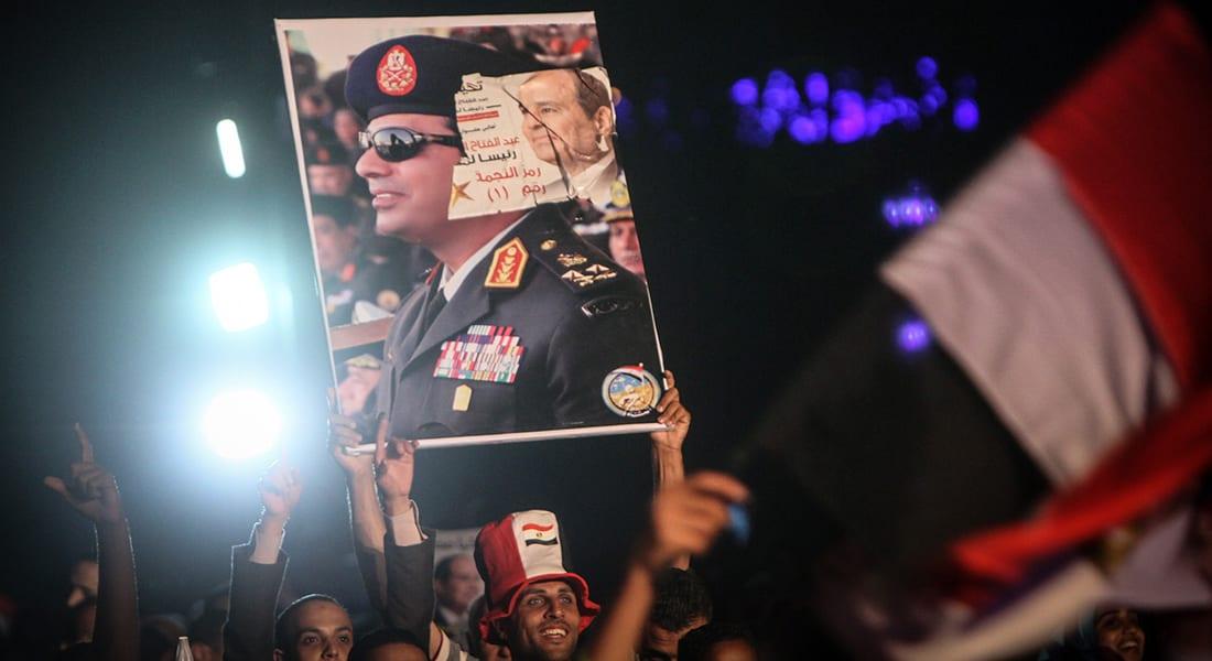 """صحف: فنانون ضد السيسي ورئيس """"مقاوم"""" في لبنان"""