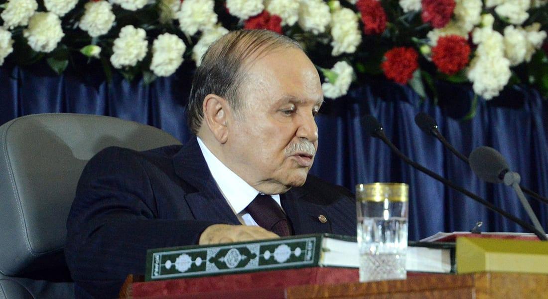 مسودة الدستور الجزائري: تحديد الفترة الرئاسية وتعزيز حرية الصحافة