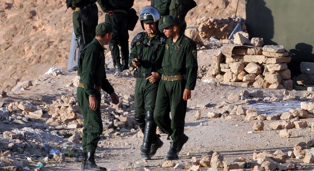 مصادر لـCNN: الجزائر تستنفر جيشها وترصد 10 آلاف جندي لحماية الحدود مع ليبيا