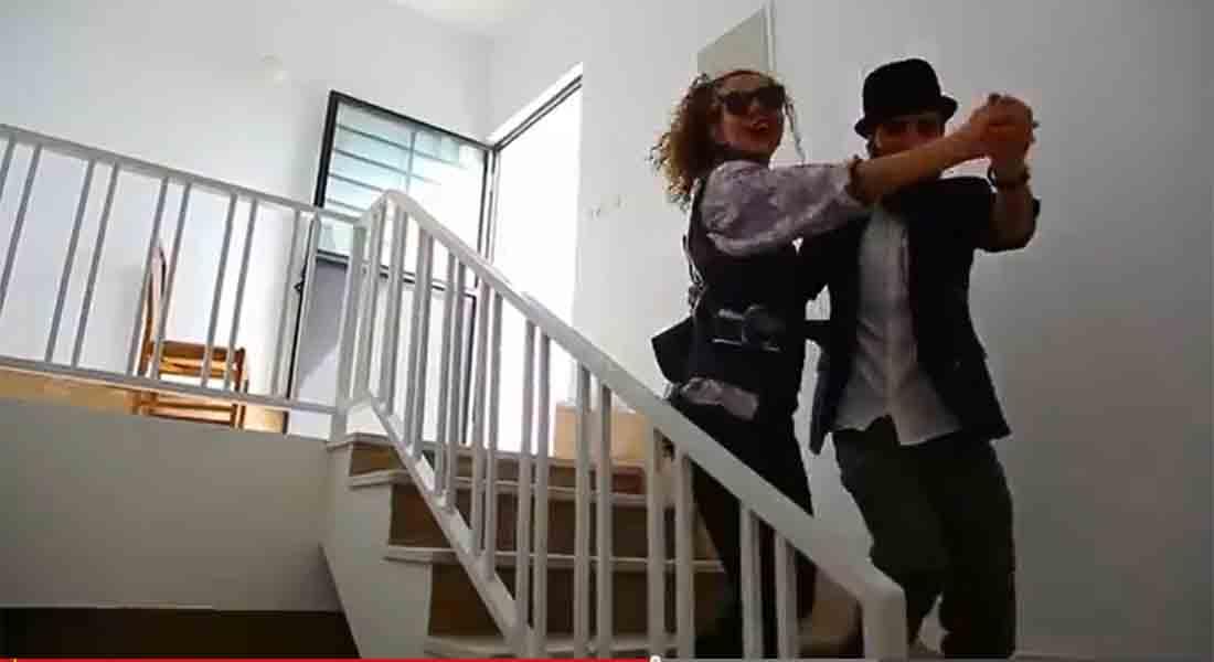 """بالفيديو.. إطلاق الإيرانيين الذين نشروا مقطعا """"فاحشا"""" راقصين على أغنية """"هابي"""" الأمريكية"""