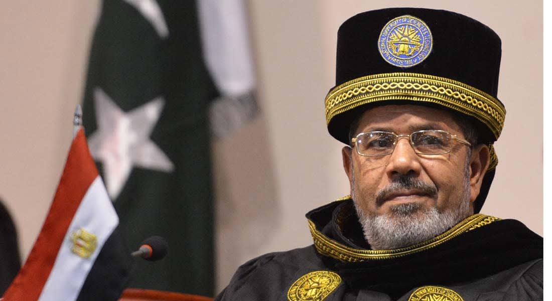 الحكومة المصرية تلغي قرارات عفو أصدرها مرسي وتحيل قانون النواب للحوار