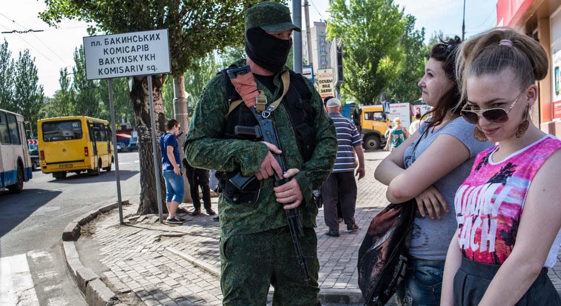 مقتل 32 شخصا وجرح 44 آخرين باشتباكات بين الجيش الأوكراني وانفصاليين بلوهانسك