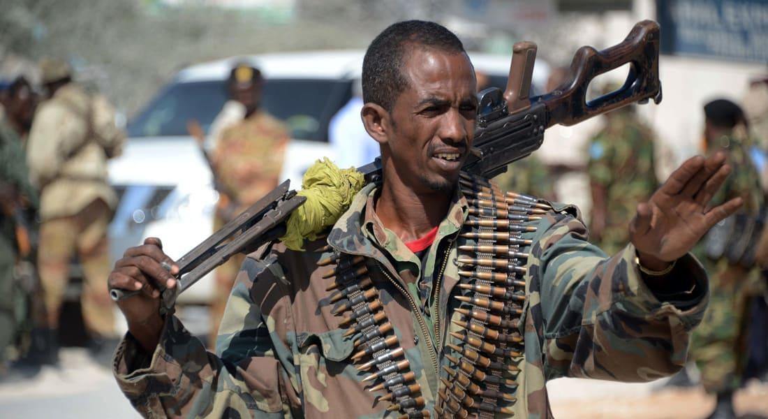 """مسؤول: عناصر """"الشباب"""" هاجمت البرلمان الصومالي"""