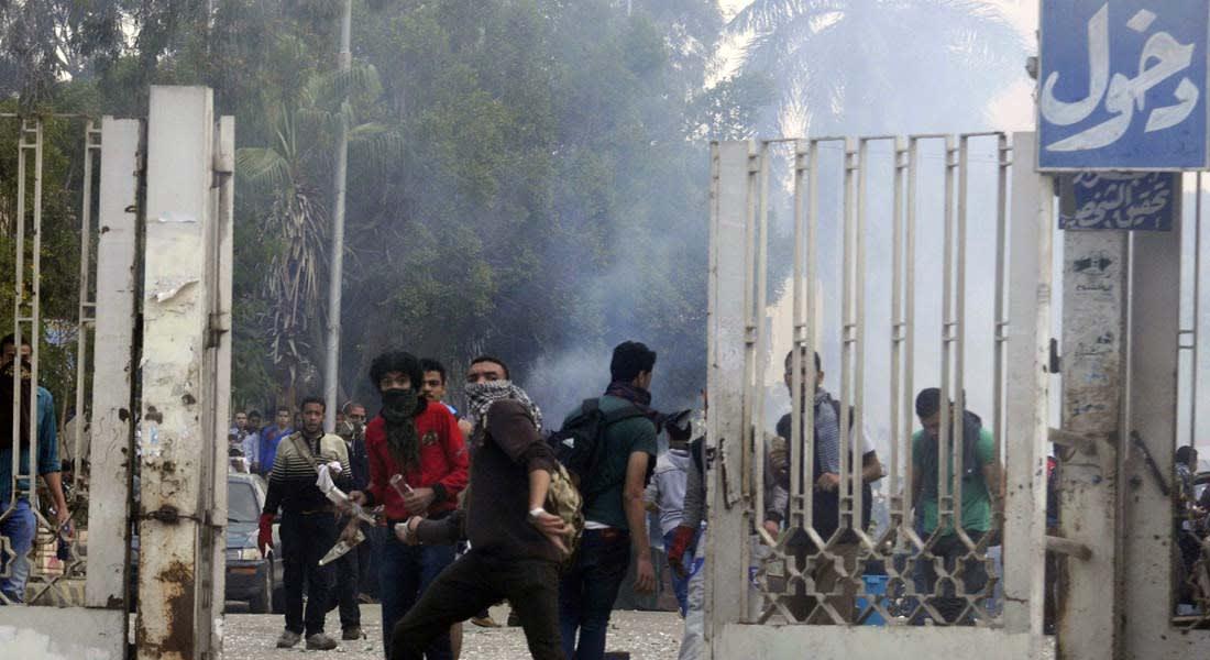 """انتخابات مصر.. إخلاء مدن جامعية تحسباً لأعمال عنف من """"طلاب الإخوان"""""""