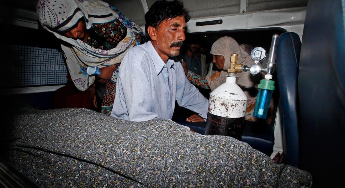 """والد باكستانية حامل قتلت """"رجما"""" لا يشعر بالأسف.. والأمم المتحدة تستنكر الواقعة"""