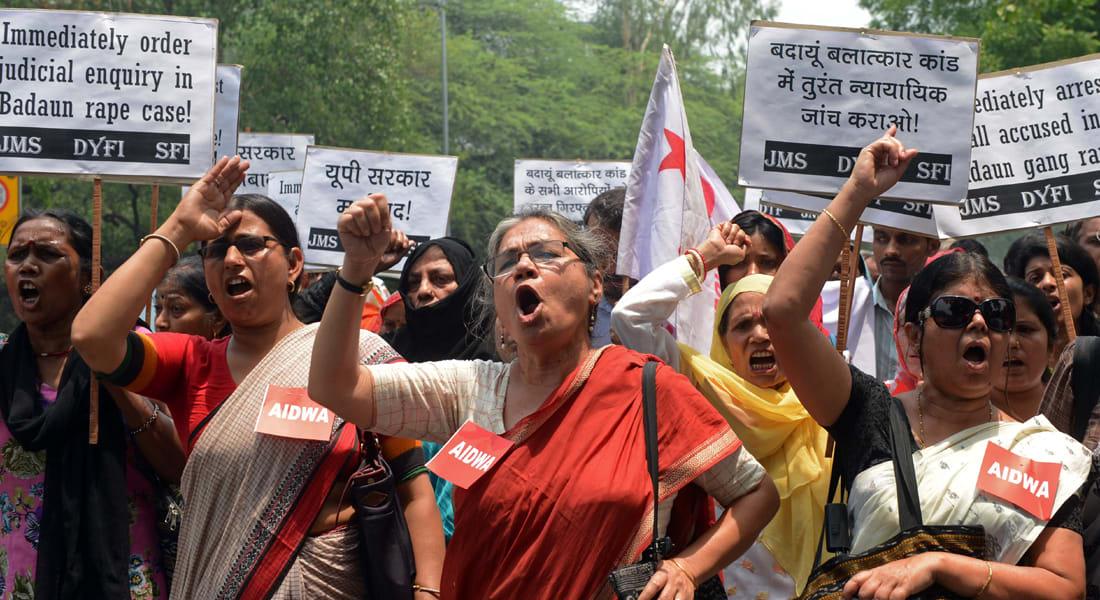 اعتقالات بجريمة اغتصاب مزدوجة انتهت بشنق الضحيتين