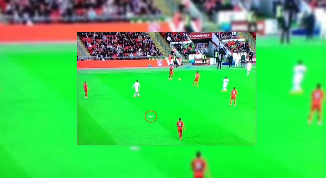 بالفيديو.. طائرة ورقية تسلب إنجلترا أضواءها في مباراة مع البيرو