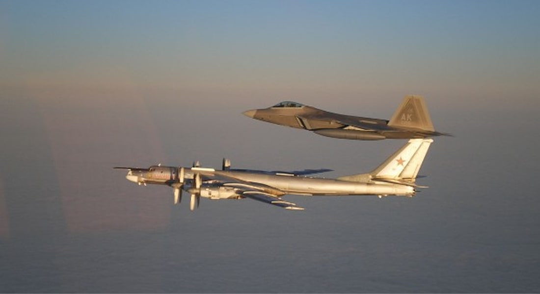 قاذفات قنابل روسية حلقت قرب كاليفورنيا.. ومقاتلات أمريكية تعترضها