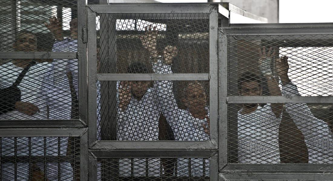 """مصر.. إطلاق سراح صحفي بـ""""الجزيرة"""" والحكم بـ""""خلية الماريوت"""" 23 يونيو"""