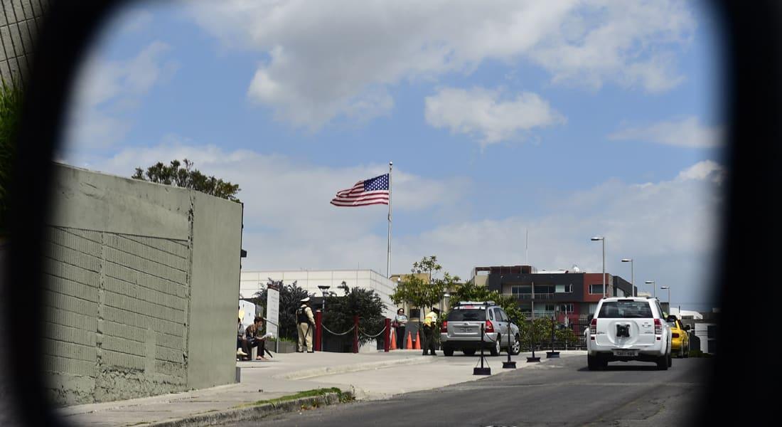 رجل دين يدعو لمهاجمة السفارات الأمريكية بالعالم اذا نفذت واشنطن ضربات جوية بالعراق