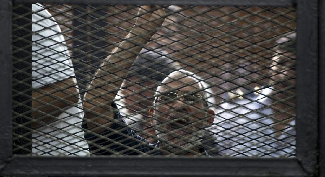 """مصر: الإعدام لـ187 """"إخوانيا"""" من بينهم محمد بديع بقضية """"العدوة"""""""