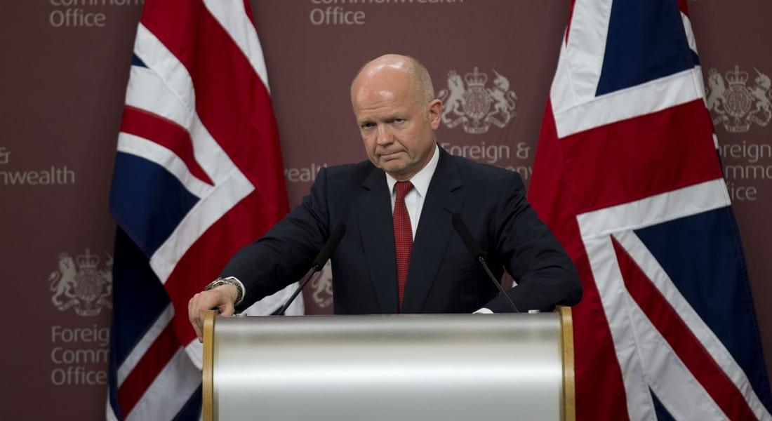 الخارجية البريطانية تستدعي السفير المصري احتجاجاً على سجن صحفيي الجزيرة