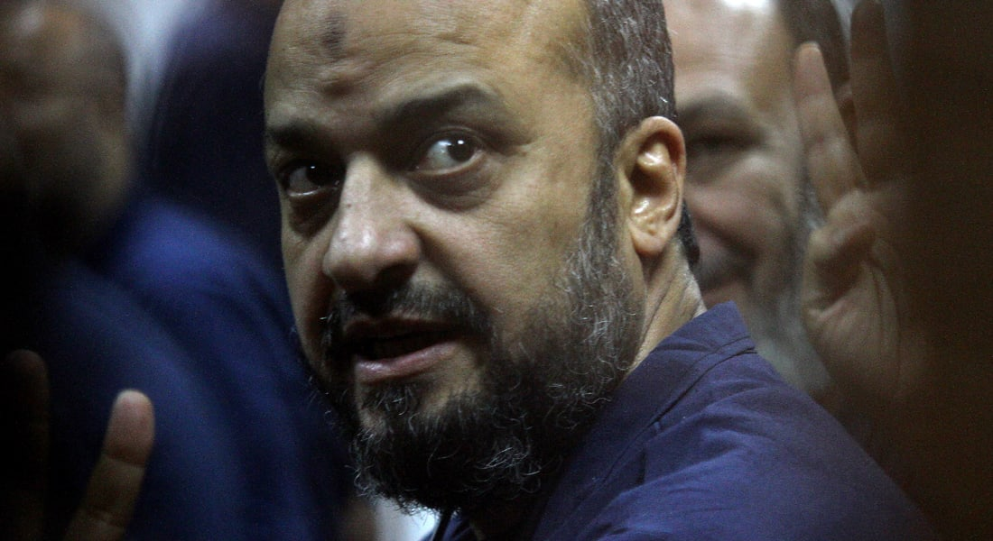 البلتاجي من داخل سجنه يندد برفض استدعاء السيسي وإبراهيم بقضية مقتل ابنته