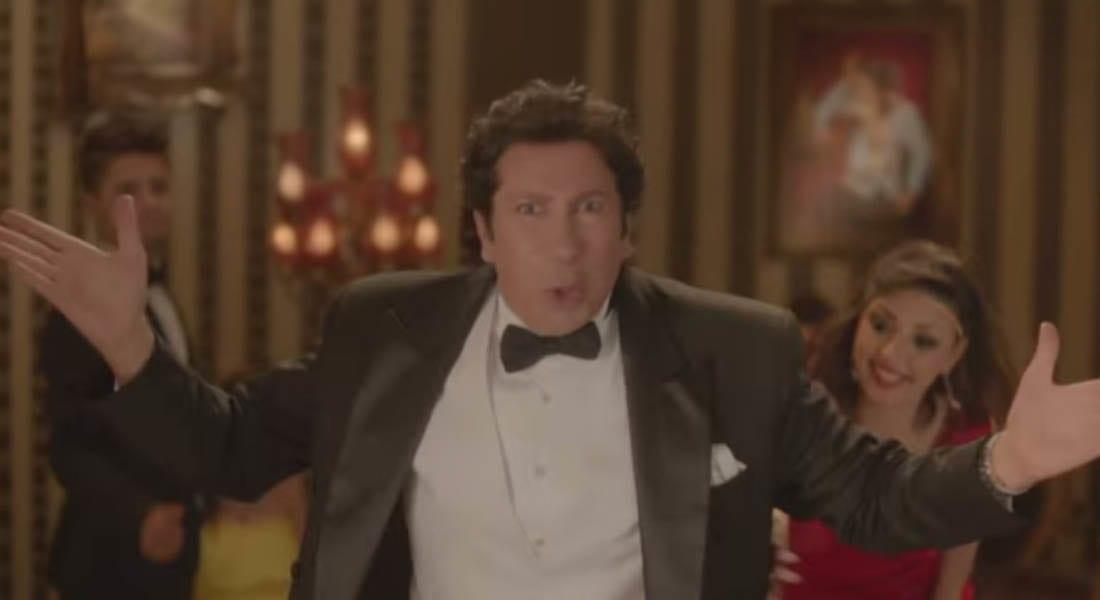 """الممثل المصري هاني رمزي يثير الجدل بسبب """"ملابس داخلية"""""""