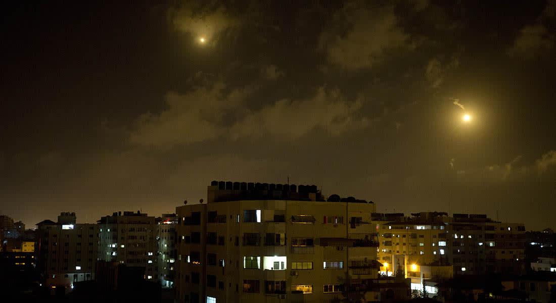 غارة إسرائيلية على غزة تقتل شابين فلسطينيين