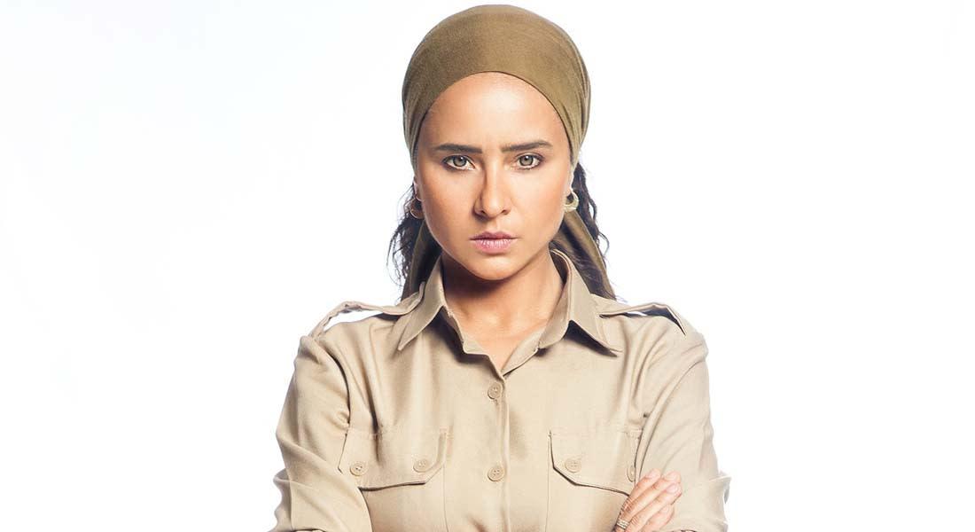 """في مقابلة مع CNN بالعربية: """"السجانة"""" نيللي كريم ..متى تشعر بأنها سجينة؟"""