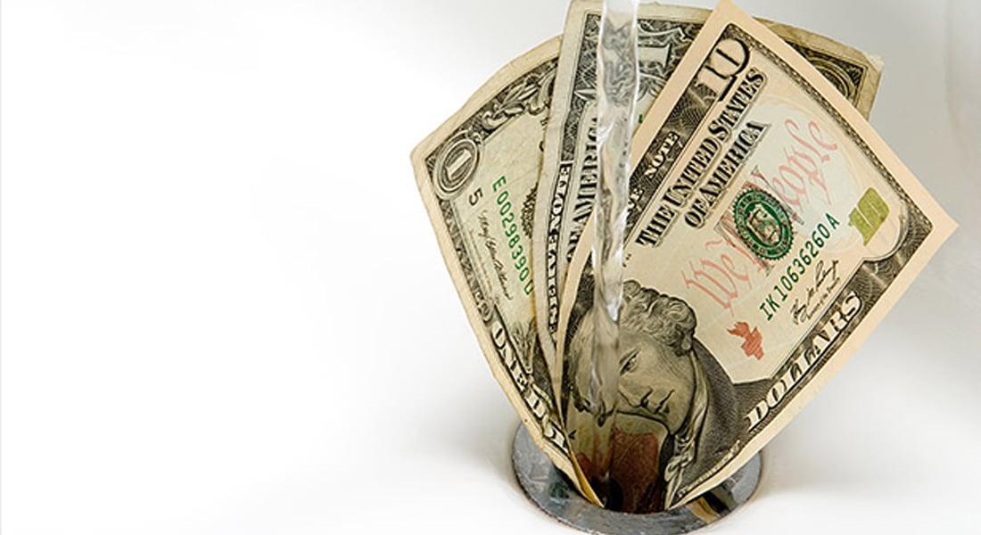أمريكا أهدرت 106 مليار دولار العام الماضي.. عن طريق الخطأ