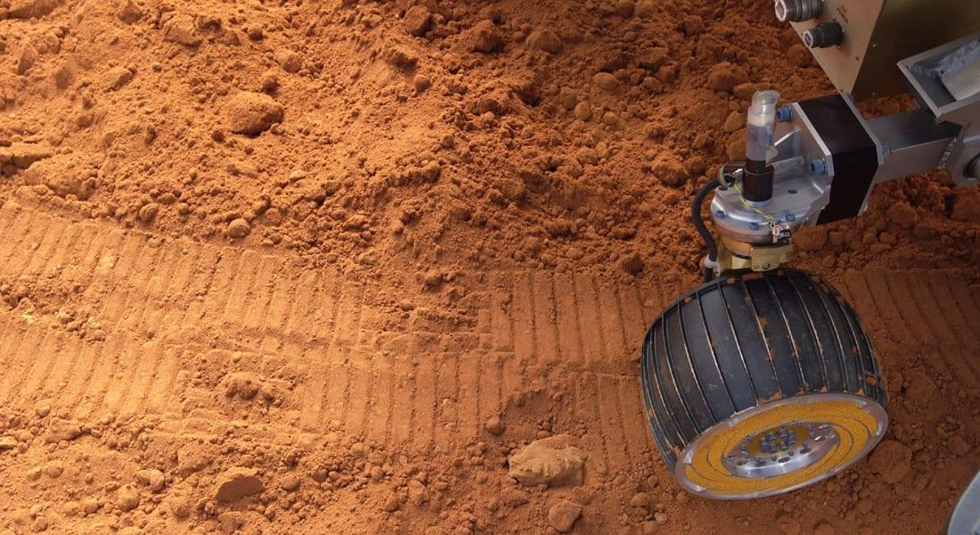 الإمارات تطلق وكالة فضاء وبرنامجا لإرسال مسبار للمريخ عام 2021