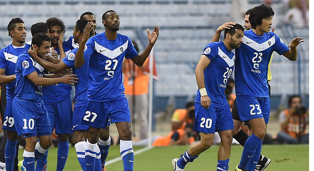 """مقابل 4.1 مليار ريال شاشات """"السعودي"""" و """"MBC"""" تنفرد بمباريات الأندية السعودية لـ 10 سنوات"""
