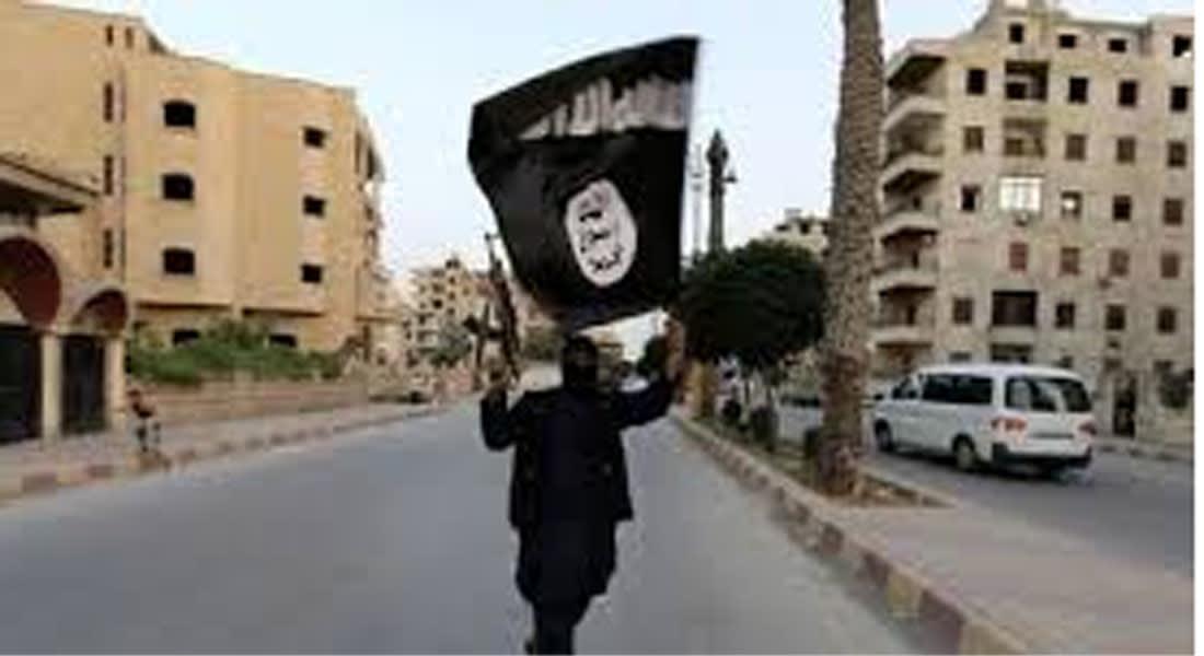 """نشطاء: """"تنظيم الدولة الإسلامية"""" يعدم 19 بدير الزور بتهمة """"الإفساد بالأرض"""""""