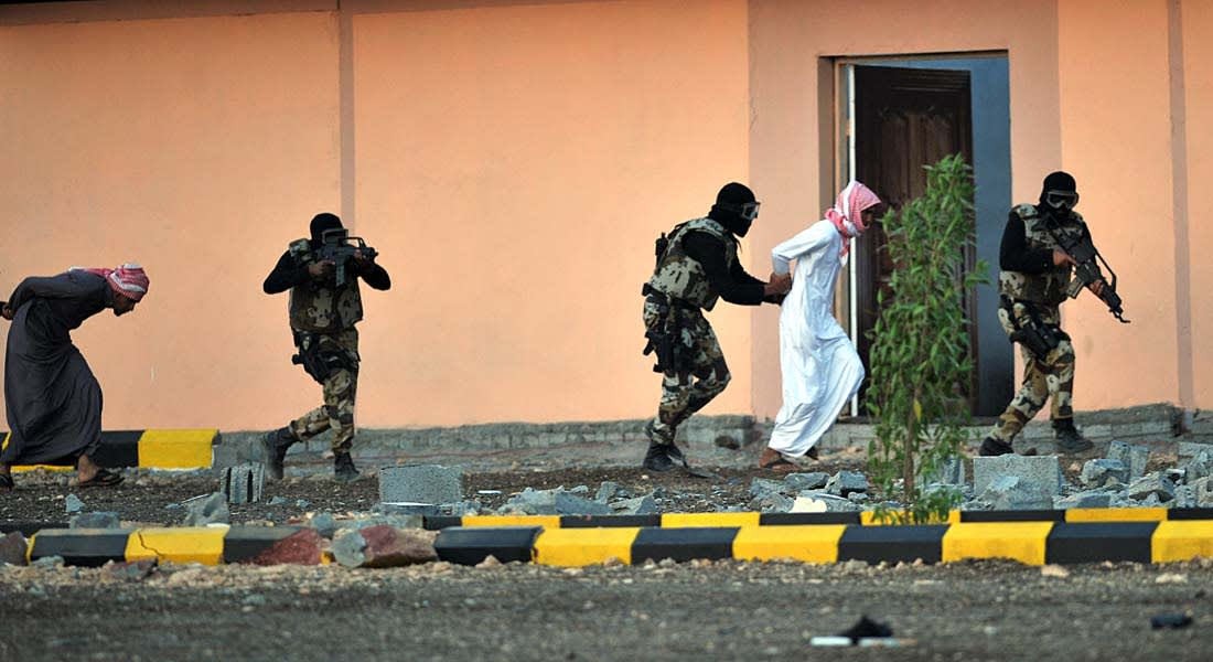 المصادقة على أحكام بحق سعوديين لسفرهم إلى مواطن الفتنة وخروجهم على ولي الأمر