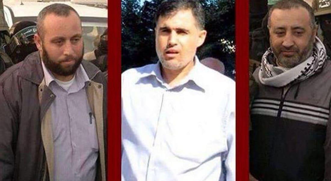 إسرائيل: قياديو حماس القتلى مسؤولون عن خطف شاليط وحفر الأنفاق.. والحركة تتوعد بالرد