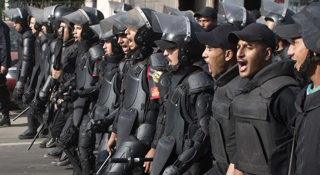 """مصر.. ضبط """"خلايا إرهابية"""" وإحباط مخططات لاستهداف الأمن بالسويس والمنوفية"""
