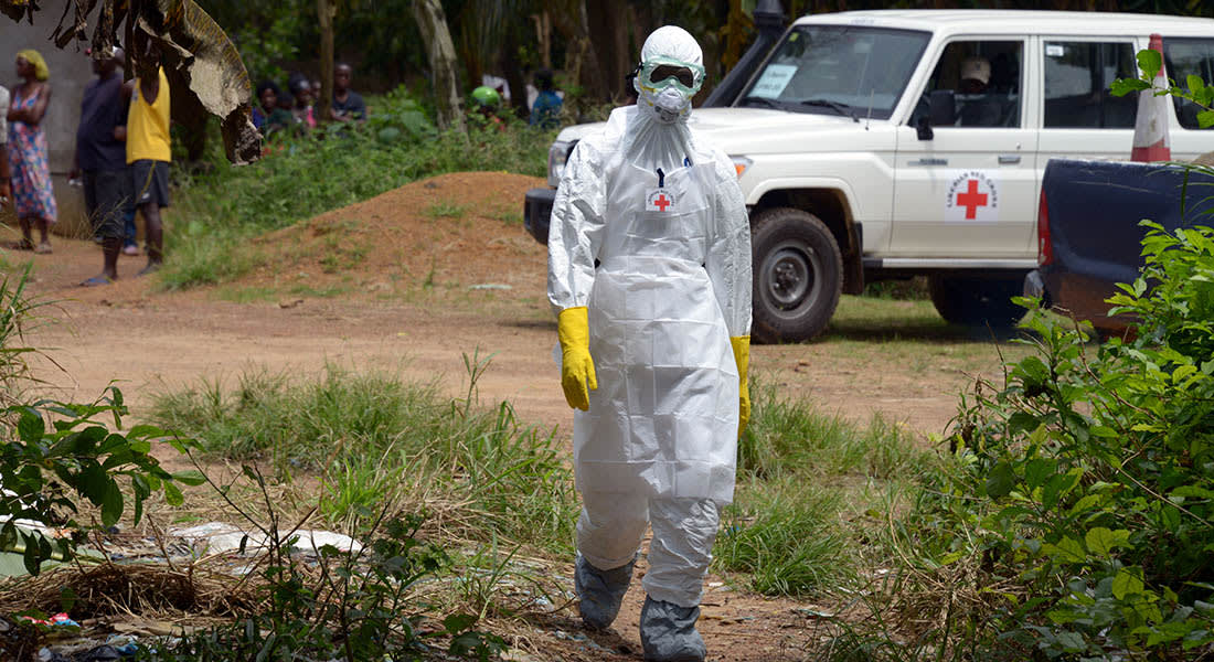 مريض أمريكي جديد بإيبولا يعود إلى بلاده للعلاج