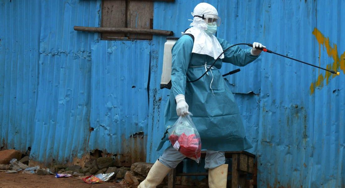 """""""إيبولا"""" يفرض الحجر الصحي على كافة سكان سيراليون"""
