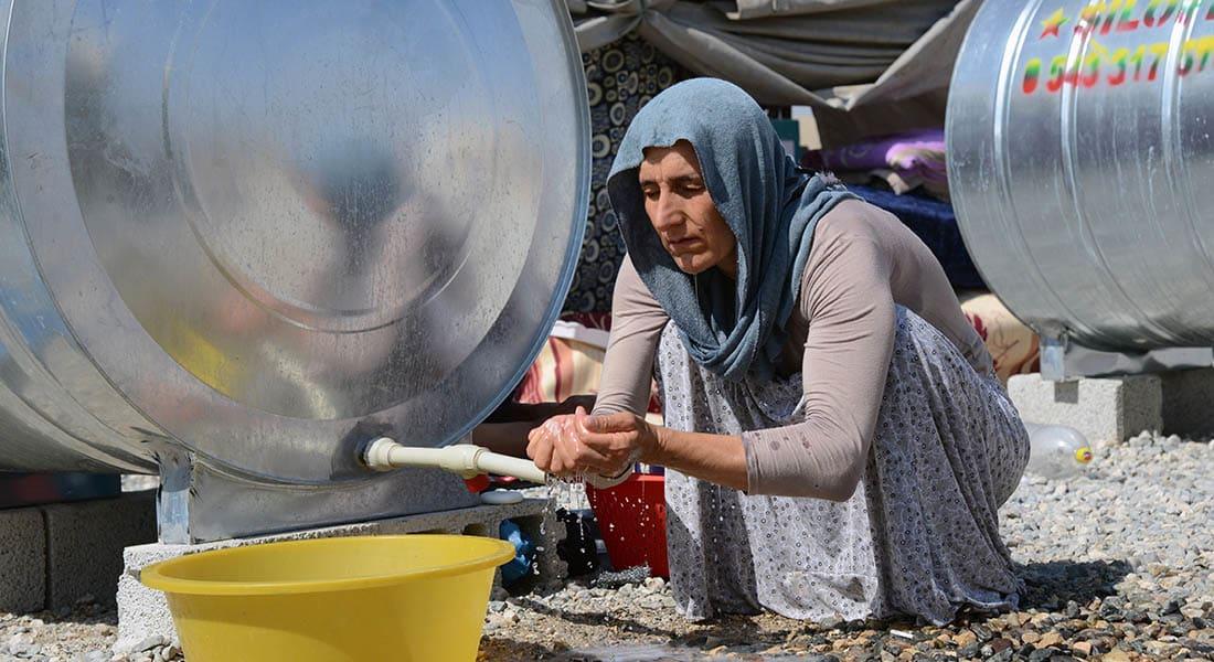 صحف العالم: لجوء العراقيين للمدارس يؤجل الدراسة شهورا