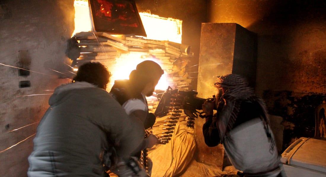 المعارضة السورية تخسر معاقل بوسط سوريا.. وتتقدم نحو دمشق من جنوبها