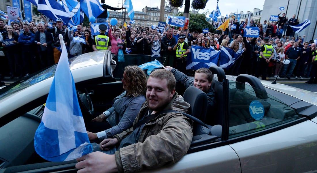 مراكز الاقتراع باسكتلندا تفتح أبوابها في استفتاء مصيري قد يغيّر خريطة المملكة المتحدة