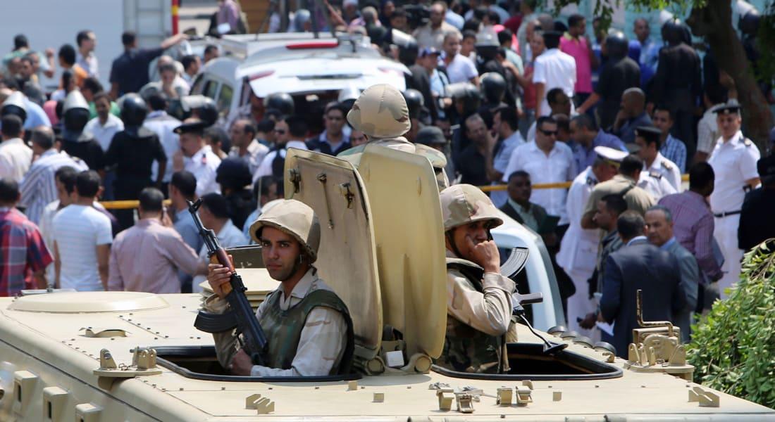 مصر: مصرع 6 جنود بتحطم طائرة عسكرية بالفيوم..  وعبوة ناسفة تؤدي بحياة ضابطي شرطة بالقاهرة
