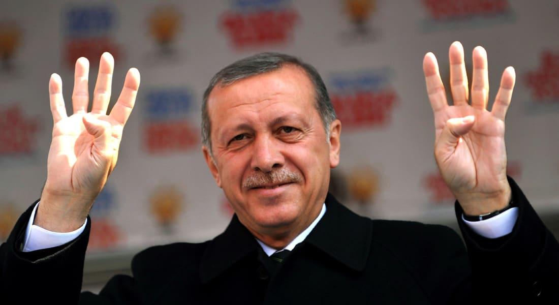 """أردوغان يهاجم """"الانقلاب"""" المصري.. القاهرة ترد بإلغاء موعد مشترك وتركيا تؤكد: لم نطلب موعدا أساسا"""