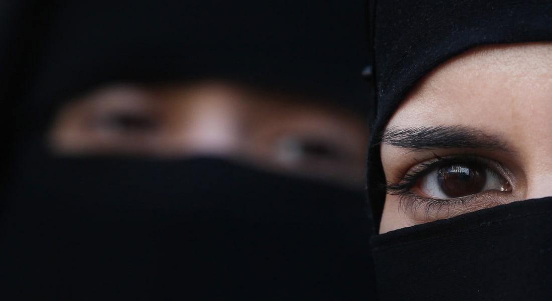 هل تدخل النساء السعوديات فعلاً عهداً جديداً في سوق العمل الذكوري؟