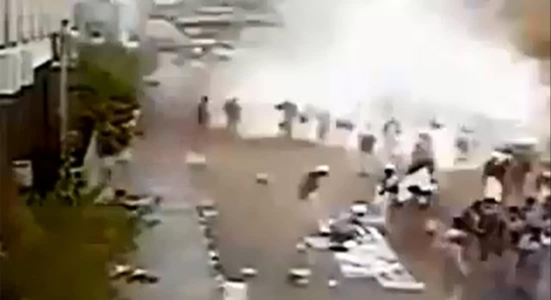 """علماء المسلمين باليمن تدين تفجير التحرير: الإسلام لا يجيز قتل النفس """"المعصومة"""""""
