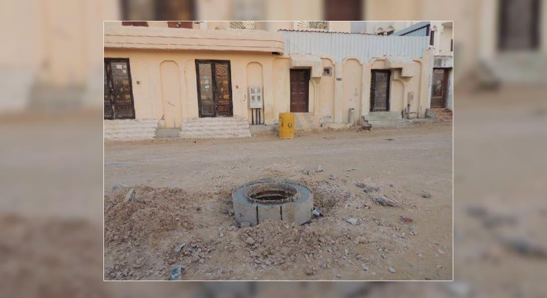 """مغردو السعودية يعبرون عن غضبهم لـ""""أنباء"""" عن سقوط طفل ووالده بأنبوب للصرف الصحي في جدة"""